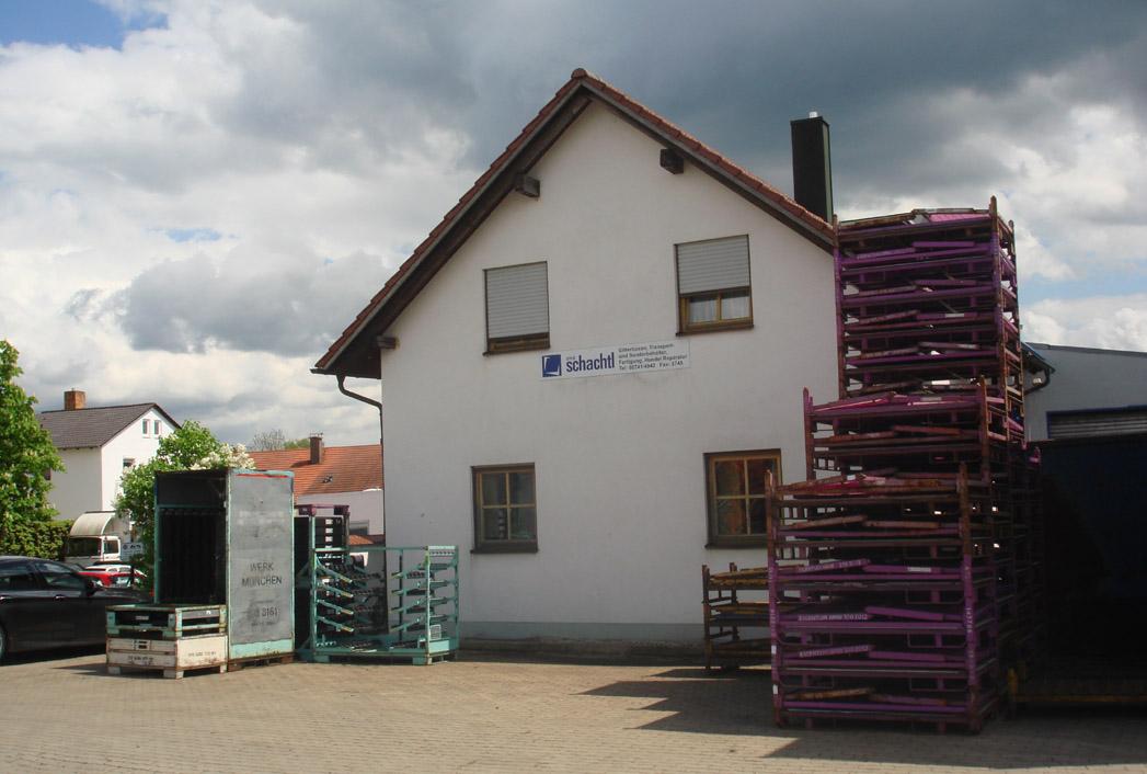 Hauptniederlassung - Bürogebäude - Bahnhof-Str. 21, 84137 Vilsbiburg
