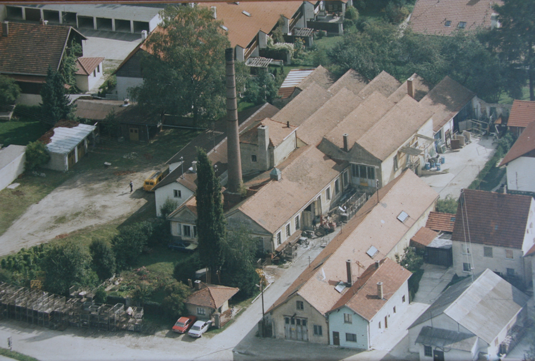 Our head office Bahnhof-Str. 21, 84137 Vilsbiburg in the year 1984