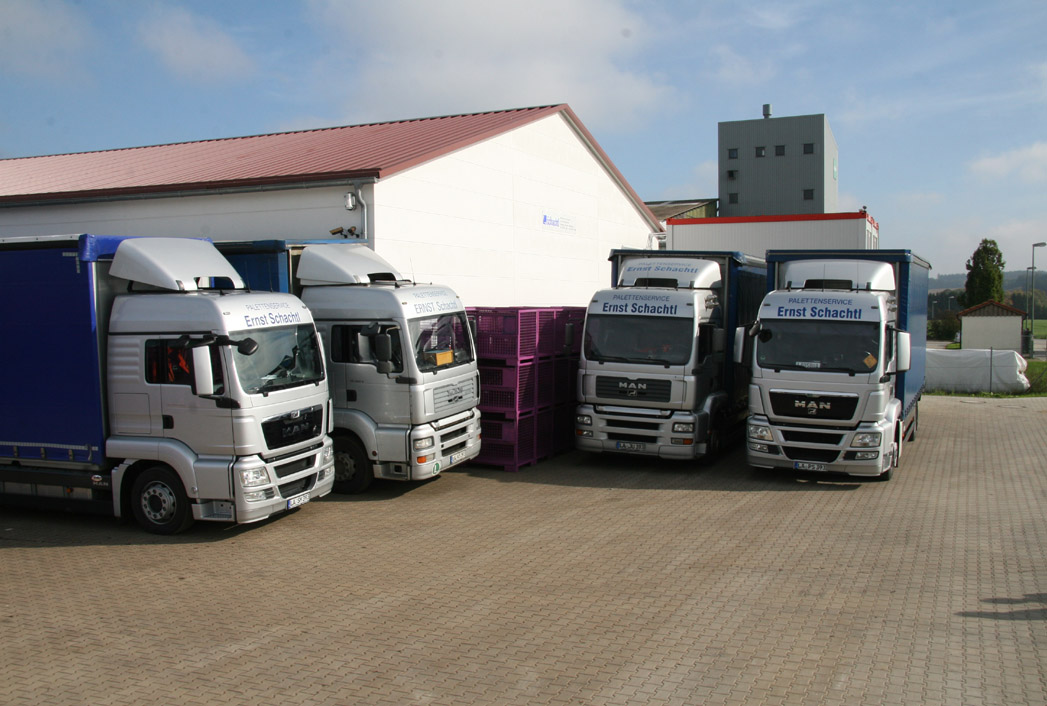Our transport fleet, 4 MAN TGA 18-360